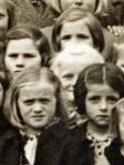 Zgoraj (le lasje in oči) Marija Primšar (Knežja Njiva), pod nji (zelo svetla) Metka Kač, spodaj levo Marija Mihelčič (Markovec), spodaj desno Milka Truden (Nadlesk)