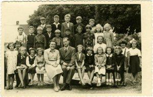 1953-54,-1.-in-x-raz.