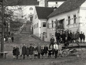 Atelje-Vinko-Bavec,-Rajhenburg-Brestanica---Lož-001
