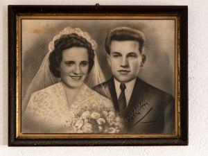 Poročna slika mame Francke in ata Jožeta